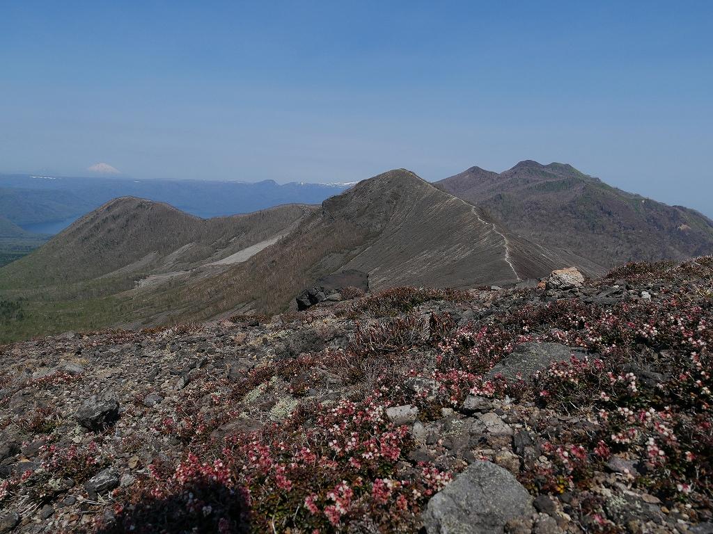 樽前山、5月18日-速報版-_f0138096_164466.jpg