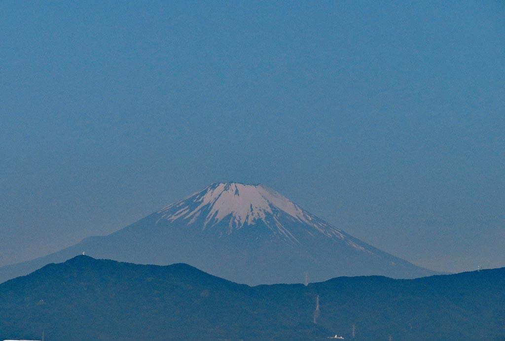 富士山/アカエリヒレアシシギ/アマサギ/チュウシャクシギ/カワセミ/黒点_b0024798_17541991.jpg