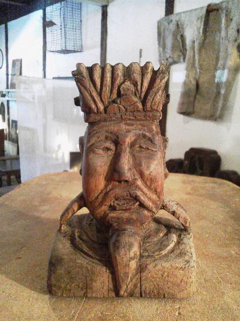 「木彫りの顔」と「ふくすけ」_e0350308_7491028.jpg