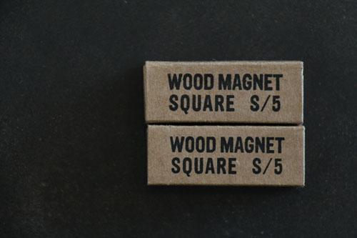 wood square magnet_b0165512_16502311.jpg