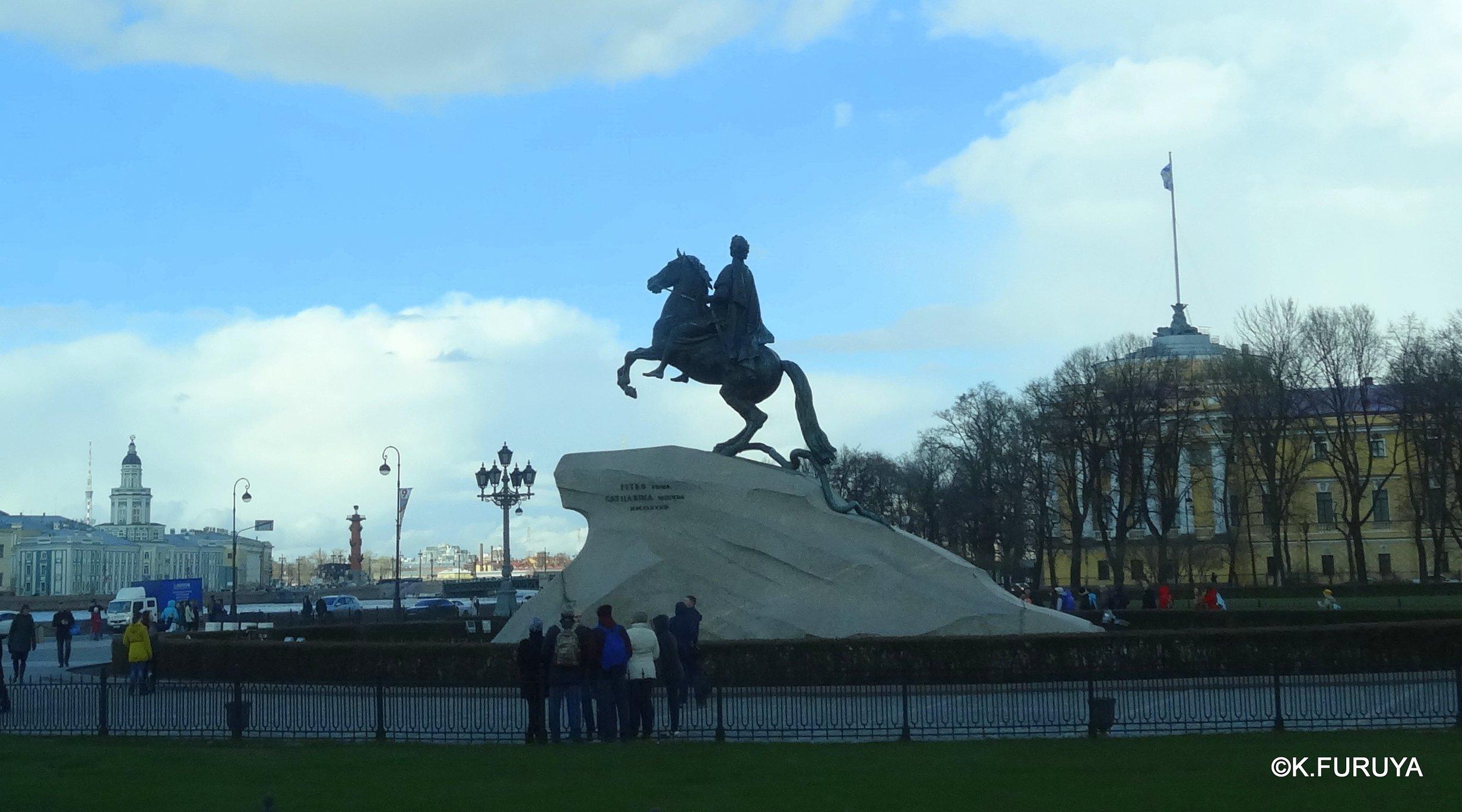 ロシアの旅 5 サンクトペテルブルク市内観光_a0092659_22545657.jpg