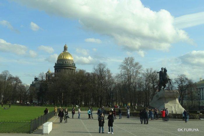 ロシアの旅 5 サンクトペテルブルク市内観光_a0092659_23233038.jpg