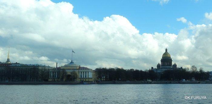 ロシアの旅 5 サンクトペテルブルク市内観光_a0092659_23290481.jpg