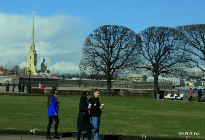 ロシアの旅 5 サンクトペテルブルク市内観光_a0092659_23305239.jpg