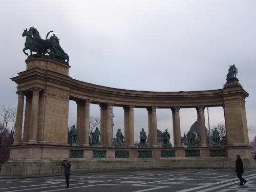 大迫力の議事堂!美術館!温泉!  魅力的なブダペストの街を満喫♪_c0351060_21053621.jpg