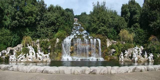 カセルタの王宮とフェルディナンド4世_e0224461_1283413.jpg