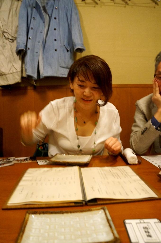 横浜レンガ倉庫、春のビール祭りにて。_c0180686_01491877.jpg