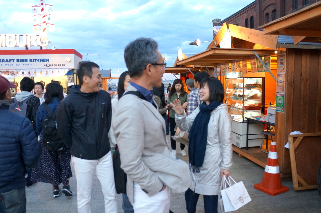 横浜レンガ倉庫、春のビール祭りにて。_c0180686_01534753.jpg