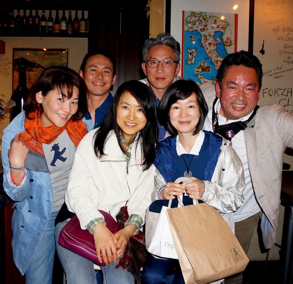 横浜レンガ倉庫、春のビール祭りにて。_c0180686_01542930.jpg