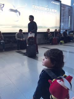 1歳児との長い飛行機の旅_a0229904_5513879.jpg