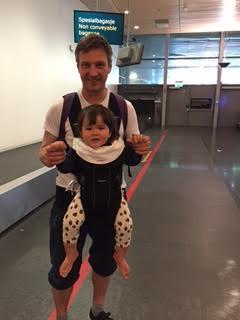 1歳児との長い飛行機の旅_a0229904_5514893.jpg