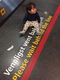 1歳児との長い飛行機の旅_a0229904_5515319.jpg