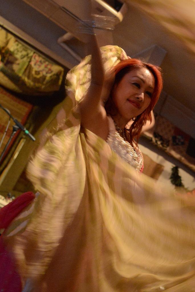 Dancing in the night_d0065116_19503571.jpg