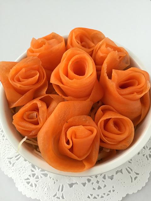 にんじんで薔薇をつくる の巻_c0053520_17594627.jpg