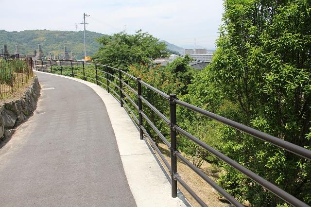 坂町遊歩道頭部ルートの途中から、坂町中心部を見渡す その3_b0095061_2022997.jpg