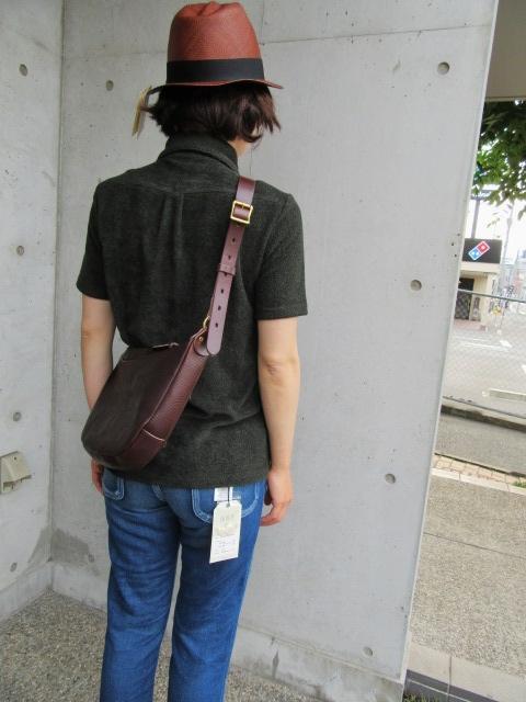 大好評のSLOW より、Stomach Shoulder BAG!★! (再)_d0152280_1039218.jpg