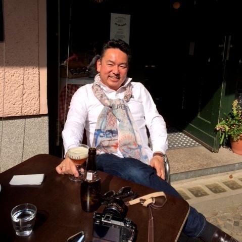 天気の良い午後、近所のカフェテラスへ。_c0180686_03394537.jpg