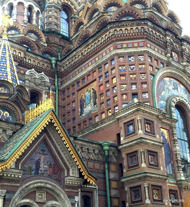 ロシアの旅 6 血の上の救世主教会_a0092659_22240255.jpg