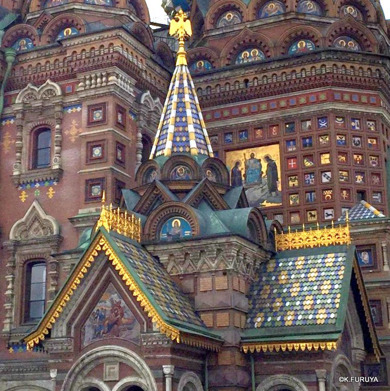 ロシアの旅 6 血の上の救世主教会_a0092659_22242976.jpg