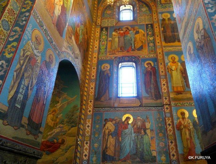 ロシアの旅 6 血の上の救世主教会_a0092659_22550262.jpg