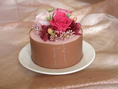 久しぶりのケーキです_e0170461_16142710.jpg