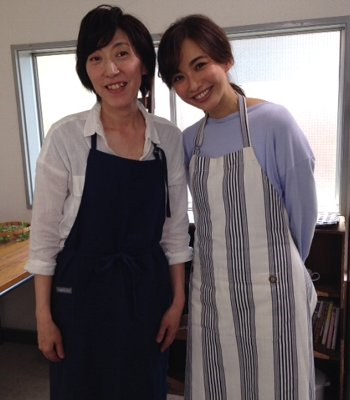 「食パン型付き!日本一簡単に家で焼ける食パンレシピBOOK」発売しました!_f0224568_12254437.jpg