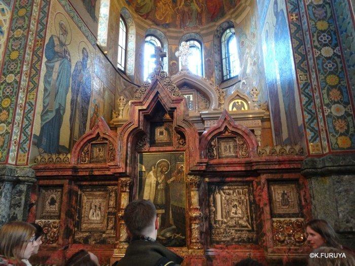 ロシアの旅 6 血の上の救世主教会_a0092659_20441429.jpg