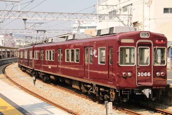阪急3066F 車両取り換え・・_d0202264_1774298.jpg
