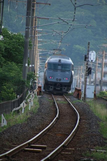 藤田八束の鉄道写真@鹿児島本線特急列車「きりしま」・・・オバマ大統領広島を訪問、オバマ大統領の英断_d0181492_18403333.jpg