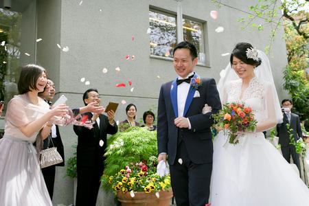 新郎新婦様からのメール レストランPACHON様への装花とブーケ、一年後に_a0042928_23205215.jpg