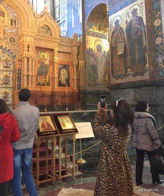 ロシアの旅 6 血の上の救世主教会_a0092659_16560799.jpg