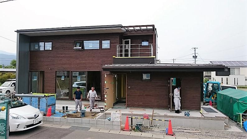 『さくらの家』外観があらわになりました。_e0197748_19235884.jpg
