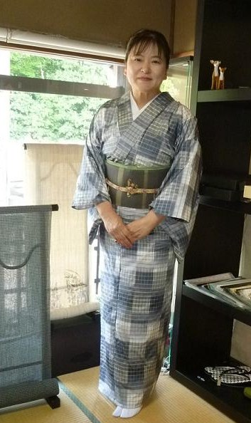 東京からのお客様・御室流いけばな展の続き。_f0181251_17113838.jpg