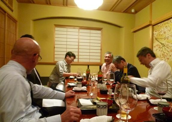 東京からのお客様・御室流いけばな展の続き。_f0181251_1747261.jpg