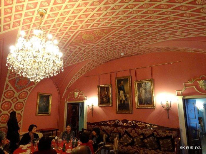 ロシアの旅 7  ストロガノフ宮殿でビーフストロガノフ♪_a0092659_19260631.jpg