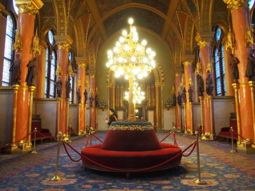 大迫力の議事堂!美術館!温泉!  魅力的なブダペストの街を満喫♪_c0351060_20435172.jpg