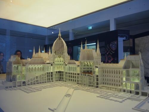 大迫力の議事堂!美術館!温泉!  魅力的なブダペストの街を満喫♪_c0351060_20474044.jpg