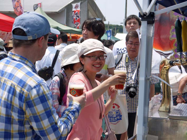 第14回鎌人いち場で地ビール「北鎌倉の恵み」完売!_c0014967_21252417.jpg