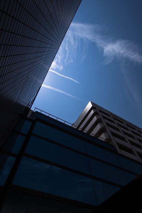 青空が侵入する病院_d0353489_13121863.jpg