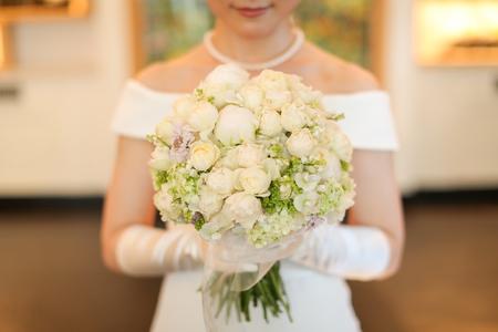 新郎新婦様からのメール メゾン ポール・ボキューズ様へ 初夏の装花 ニュアンスカラーで _a0042928_16264773.jpg
