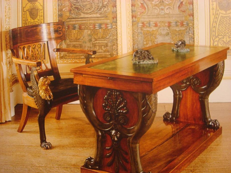 ハイクレア城(2)頼れる父親役ヒュー・ボネヴィルさん_a0123372_7282353.jpg