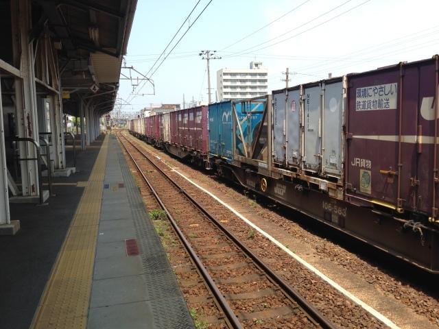 さすがDD51の聖地、興奮収まらず撮りまくり@JR四日市駅_a0334793_00042209.jpg