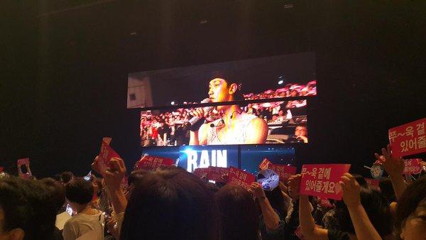 Rain THE SQUALL in JAPAN終了 _c0047605_84561.jpg