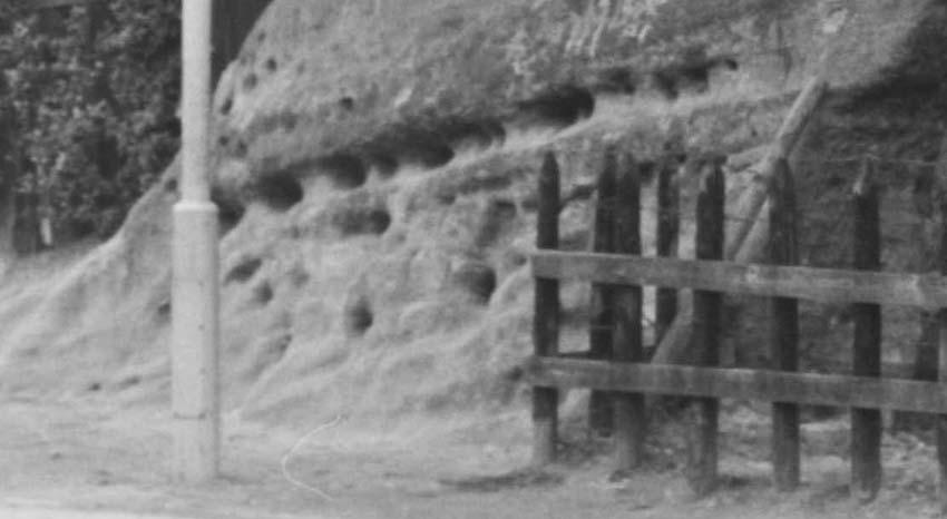 円覚寺結界「緑の洞門」の原形は残されていた!5・27 _c0014967_16544756.jpg