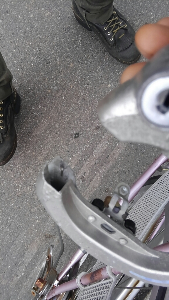 札幌 自転車 出張修理 マツダ_a0216771_18271438.jpg
