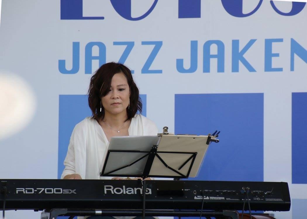Jazzlive comin 広島  本日金曜日のライブ!_b0115606_13040152.jpeg
