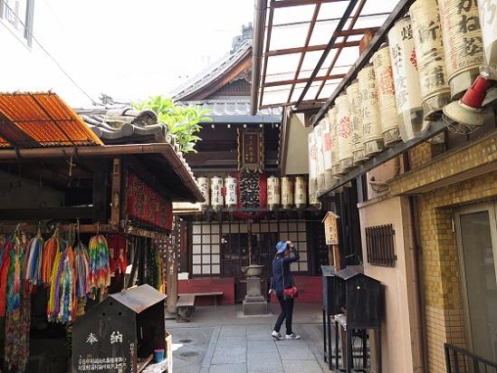 京都、町のお堂_c0192215_16293324.jpg