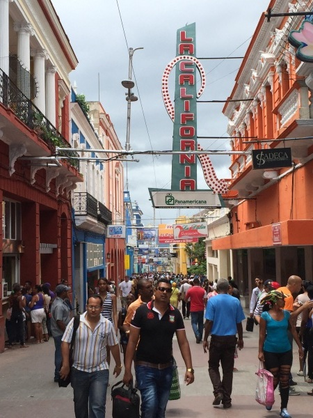 キューバの街角 _a0103940_22361459.jpg