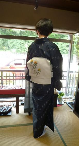 ファッションカンタータの久米島紬のお客様・黒い蝶。_f0181251_173552.jpg