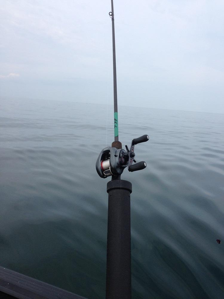 釣行記 【ジャークベイトオンリーで春のエリー湖に挑む!】_d0145899_23582327.jpg